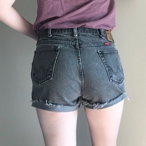 Wrangler | Vintage High Waisted Cutoff Shorts
